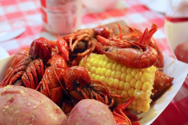 Crawfish Boil 021